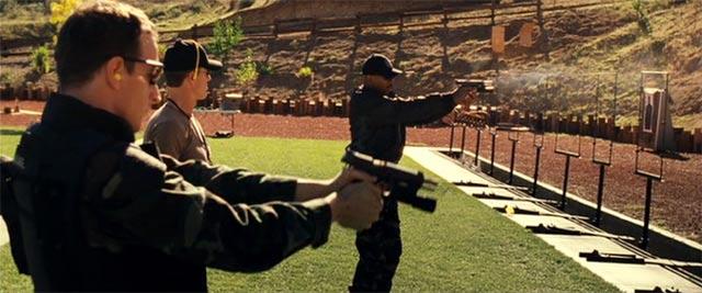 スワットの訓練 射撃シーン2
