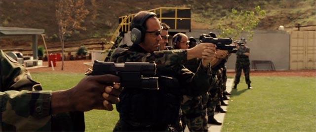 スワットの訓練 射撃シーン3