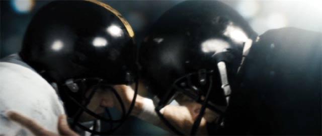 アメリカンフットボールのプレーシーン