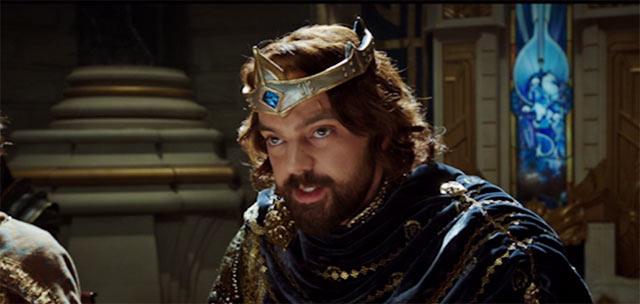 ドワーフやエルフの代表と話し合いをしているレイン王