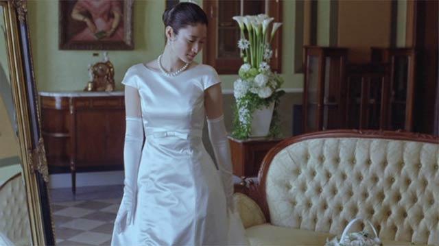小雪 ウエディングドレス姿