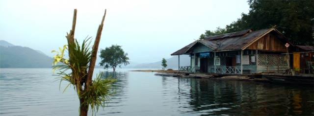 ソーンが赴任する水上の小学校