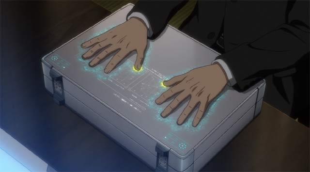 指紋認証で開くアタッシュケース