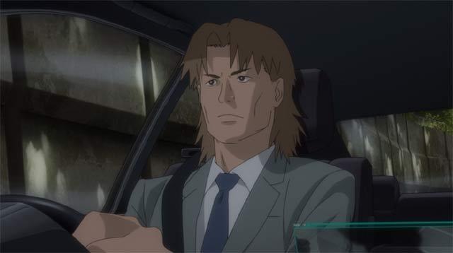 車を運転するトグサ