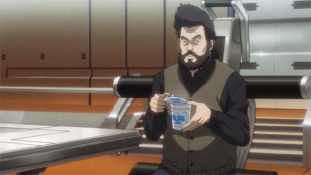 カップ麺を食べるイシカワ